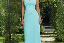 BRIDESMAID DRESSES / by Lindsey Lupo