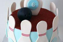cakes / by Cassandra Schloss