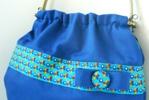 Sewing - Bags & Purses / All kinds of bags and purses, mainly with tutorial on how to make them / by MamaSaVa
