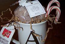 Gift ideas / by Katherine Elkins