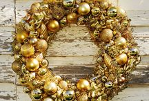 Christmas decorating - Wreaths, swags and garland / by Melissa Lobos