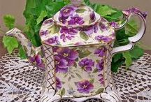 teapots / by Tom-Pat Enteman