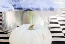 Halloween / by Simone Whiteside