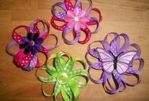 hair bows / by Joanna Alvarado- Humes