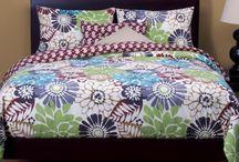 Floral Bedding Sets  / by Lesley Stevens
