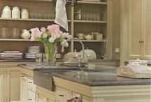 Kitchens / by Tresia Mitchell