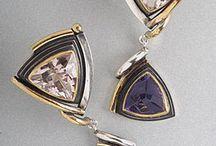 Bijoux / Fine jewellery and gem stones / by Bee Wyeth