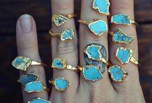 Jewelry / by Lindsay Gossack