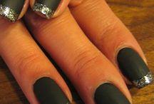 Nails. / by Bella Countiss