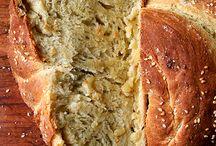Recipes: Breads & Rolls. / by Tiger Neelie