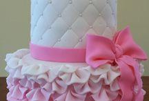 Cake tutorials / by Vickie