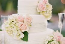 wedding cakes / by chimera