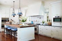 Kitchens / by Lindsey Batcha