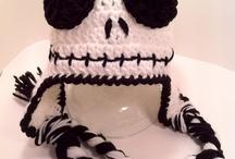 Yarn Crafts / by Lisalyn Lovell