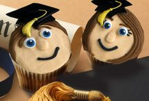 Graduation Cakes and Cupcakes / by Bakery Crafts