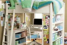 Kids' rooms / by Melissa Tunis