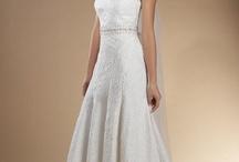 wedding stuff for two future brides / by Flo MacKeigan