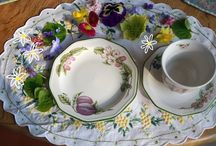 Tablescapes :: Family Mealtime / by Tina_Vega