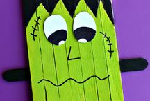 Halloween Crafts / by Diana Trotter