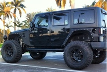 Jeeps / Jeep outdoors trucks / by Jen Pallitto