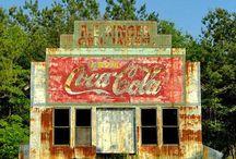 Coca Cola / by Anitalynn Katz