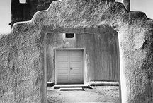 Doorways / by Sarah Thomson