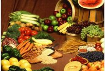 Healthy eating and weight loss pins / by Mary Cunard