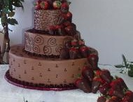 Wedding cake / by Julie Lewis