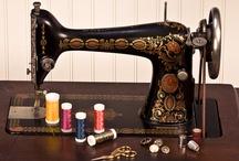 Awesome Sewing Machines / by Viola Larranaga