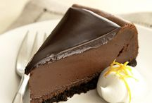 Desserts / by Sabrina Baribeau