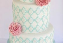 Beautiful Cakes From Around The Web / by Dreme Cake Artistry