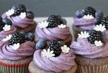 cupcakes / by Dorangela Bobet