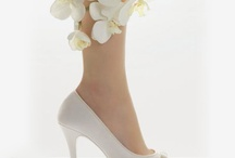 wedding shoes / by Brin de poésie