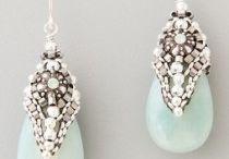 Jewellery junkie / by Wendy Ricketts