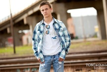 Senior Picture Poses / by Suzanne Hartmann