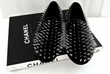 Shoes shoes shoes / by Natália Ajiki