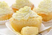 Cupcakes / by Melody Keenan