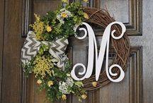 Wreaths / by Mary Ann Slaten
