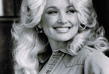 Dolly Parton / by Shannon Topliss