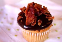 Food - Cupcakes / by Amy Hild
