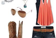 Outfits / by Mckenzie Edmonds