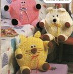 Crochet Patterns / by Margaret Gernes