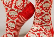 Knit socks / by Nicole de Boer