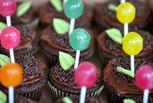 Desserts / by Heidi Leonard
