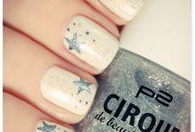Nails, nails, nails / by Keri Rose