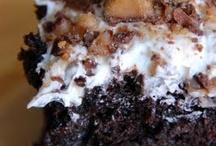 Cakes I / by Jona Dreesen