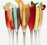 Drinks - Cocktails - Champagne / by Sharon Reker