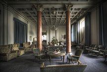 Heartbreak Hotel sceno / Alt mulig av inspirasjonsbilder til Heartbreak Hotel / by Tormod Berge