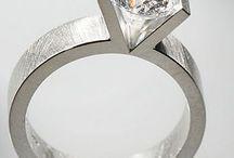 Jewellery Inspiration / Things to inspire my work / by Vanessa van Aaken