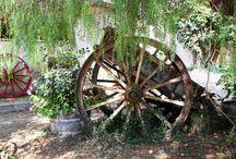 Wagons & Wagon Wheels / by Anita Moyer